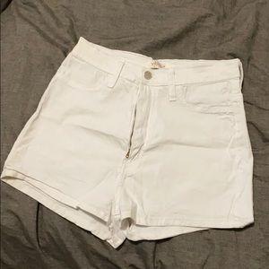 High waist shorts size L. Fashion nova